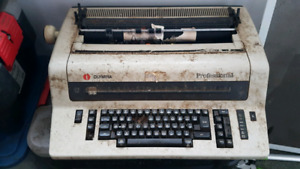 Olympic Professional Electric Typewriter