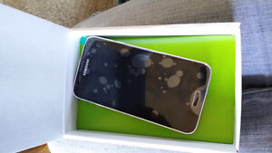 Brand new Samsung S5. Never been used