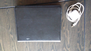 "IPAD ""64GB"" gen1 $150 with case and charger"