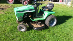 "1816V Deutz-Allis 16HP/48"" Deck riding lawnmower"