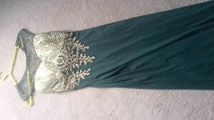 Beautiful Dress - only worn once