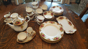 Immaculate Old Country Rose China collection