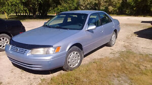 1998 Toyota Camry LE ***ONLY 149K***