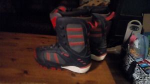 Sims snowboard boots size 13
