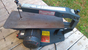 """15"""" scroll saw for sale in very good shape"""
