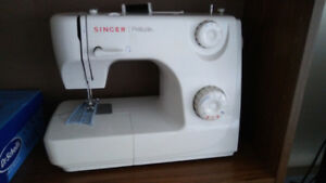sewing machine - singer, model: prelude