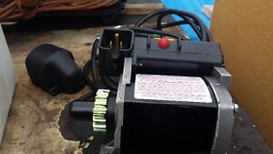 BRIGGS & STRATTON ELECTRIC MOTOR STARTER
