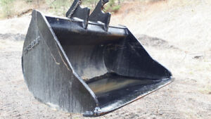 "GOOD USED ZX200 CWS 66"" CLEAN-UP BUCKET 250-573-5733"