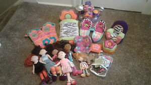 Groovy girls and accessories. JUST REDUCED Windsor Region Ontario image 1