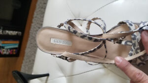 Guess strappy sandals sz 6.5