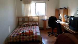 Large room near Square One Mall