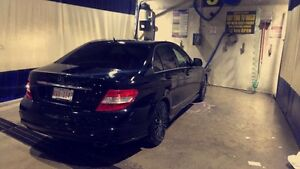 Winter Ready AWD 2008 Mercedes 4-Matic Blacked Out