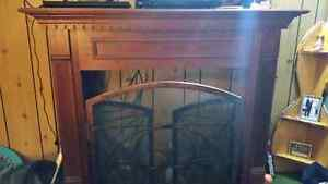 Fire place mantel and cover Cambridge Kitchener Area image 1