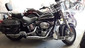 Heritage Softail Classic - 100th Anniversary - MINT with Extras