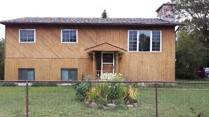 Gorgeous bungalow for sale in Searchmont
