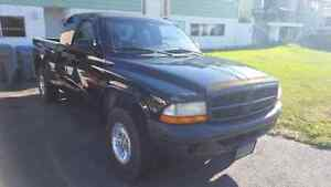 ***REDUCED*** 98 Dodge dakota sport 5.2l v8 5 speed