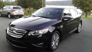 2011 Ford Taurus LIMITTED AWD Berline