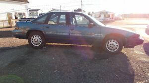 1992 Pontiac Grand Prix blue Sedan