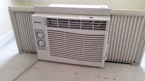 Air conditioner 5000 BTU/H Gree AC