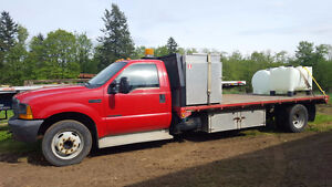 Ford F450 Flatbed Diesel 5 Speed Dulley
