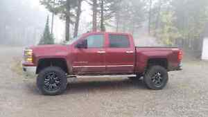 Lifted 2014 Chev Silverado 1500 c/w Extended Warranty