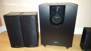Onkyo HT-S5200 7.1 Home Theater System