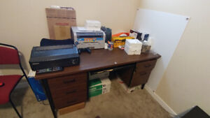 Free Computer Table & Workstation