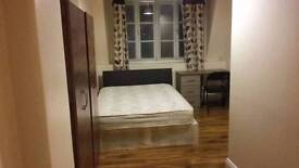 LARGE DOUBLE ROOMS IN ZONE-2 AVAILABLE NOW!!