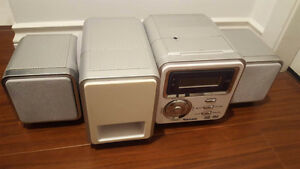 Venturer CD Player, MP3 and Radio