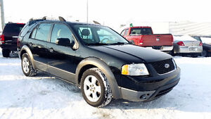 2007 Ford FreeStyle SEL    6 Passager