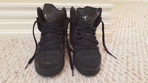 Air Jordan Flight 23 Shoes - Size 4 Youth - Black