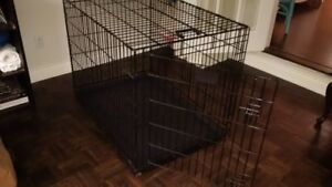 "Wire Dog Crate – large, 42""L x 28""W x 31""H"