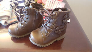 BRAND NEW Brown Fall Boots Size 5 Children's Place