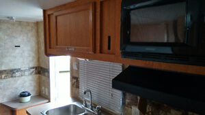 2005 COACHMAN TRAILER Downtown-West End Greater Vancouver Area image 7