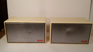 *speaker - haut parleur - ADVENT ACCOUSTIC model 400*