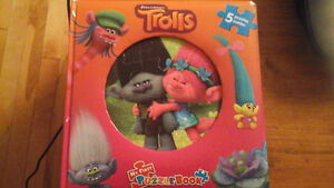 Puzzle book-Trolls-Never used/encore neuf!