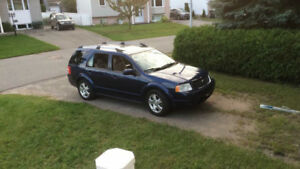 2005 Ford FreeStyle X Limited Edition VUS
