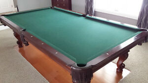 Olhausen Pool Table 9' x 4.5'  top of the line model