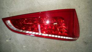 AUDI Q5 TAIL LIGHT.