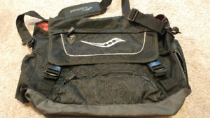 Saucony Messenger Bag