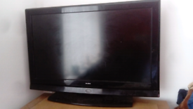 32 inch alba TV with built in freeview