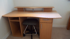 DESK,TABLE,CHAIR AND SHOES Peterborough Peterborough Area image 1