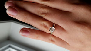 1.0 carat diamond solitaire ring in white gold