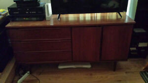 Console Unit / TV Stand for sale!