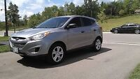 2012 Tucson GL - Immaculate, Garage-Kept, Bluetooth, Very Low Km