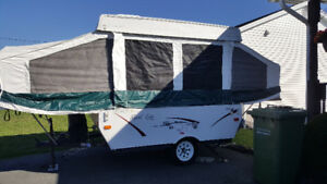 2008 Palomino Tent Trailer (8ft)