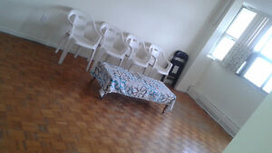 Room sharing near Albion Mall (boys only)