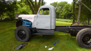 1946 Maple Leaf 3 ton Diesel (4x4 axles included)