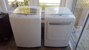 LG Smart Washer and Dryer - Laveuses et sécheuses - Like New!