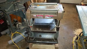 "Makita 16"" thickness  planer"